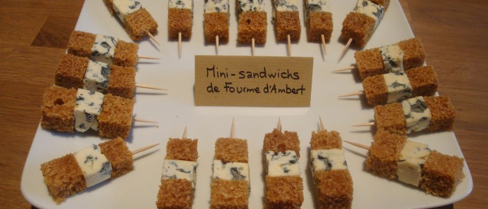 Mini-sandwichs de Fourme d'Ambert