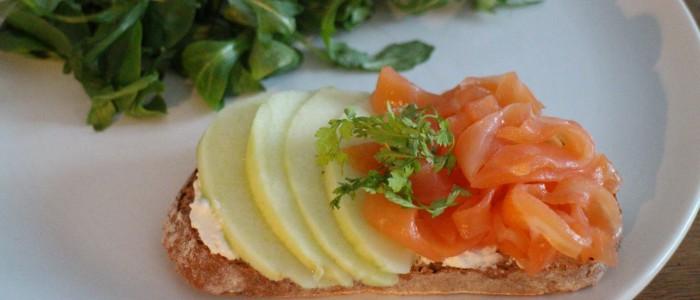 Recette : Tartines au saumon et chèvre frais