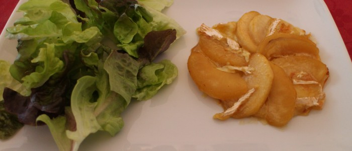 Recette : Tarte fine pomme et camembert au cidre