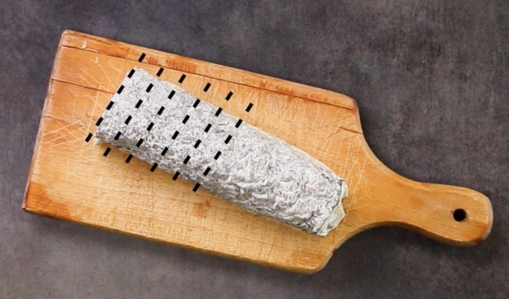 découper les fromages longs de type bûches